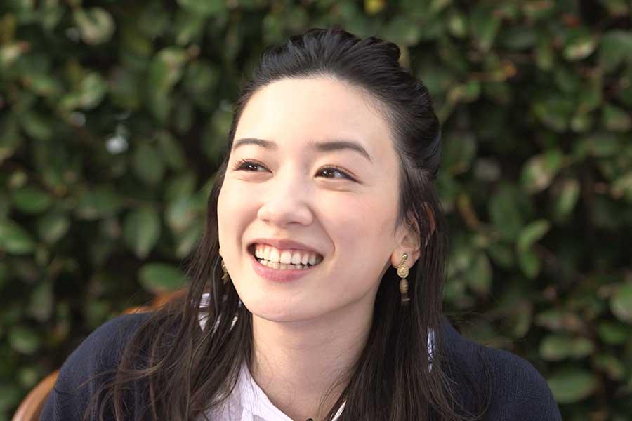 永野芽郁、若手芸人がふるまう簡単アレンジ料理に興奮「おかわりしたい!」と満面笑顔