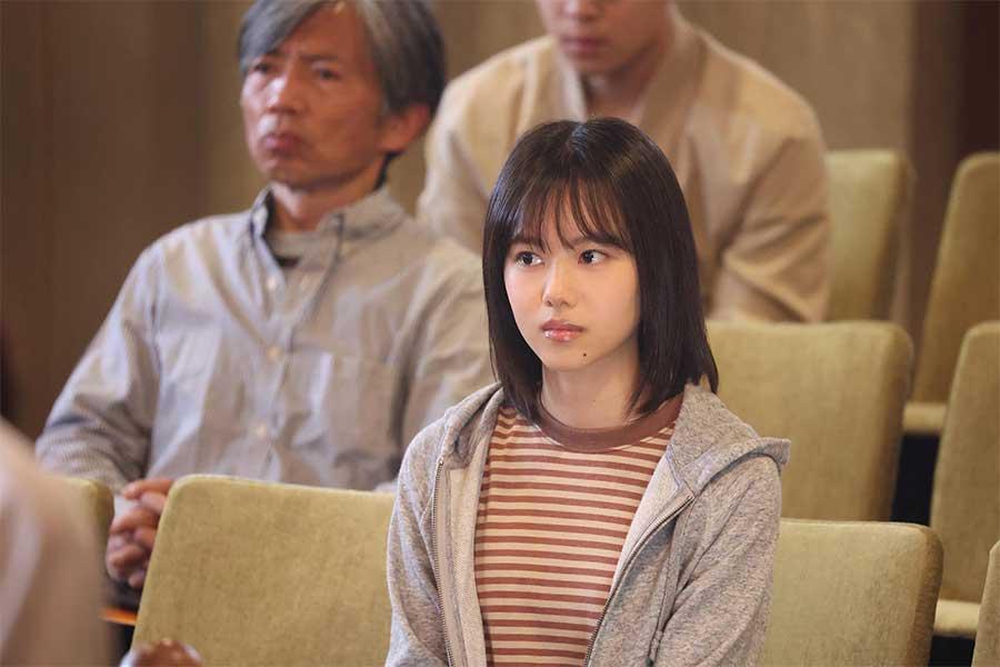 「イチケイのカラス」に出演する松風理咲【写真:(C)フジテレビ】