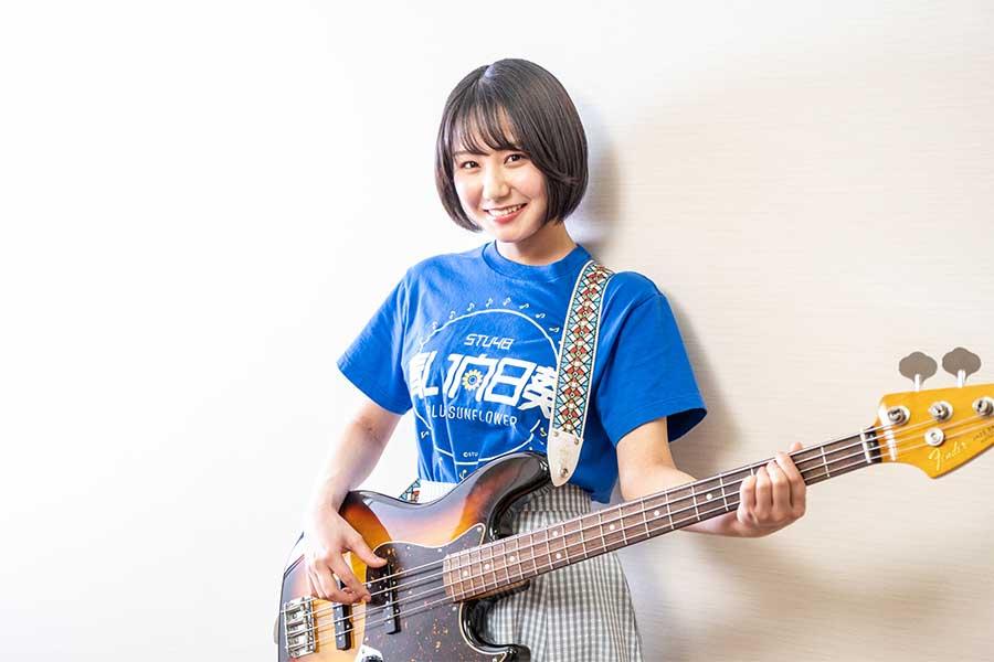 「STU48」兵頭葵はガールズバンド「青い向日葵」でリーダーを担う【写真:山口正人】
