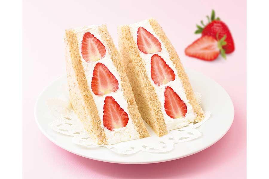 「苺のフルーツサンドウィッチ」と「茨城県産メロンのフルーツサンドウィッチ」が発売
