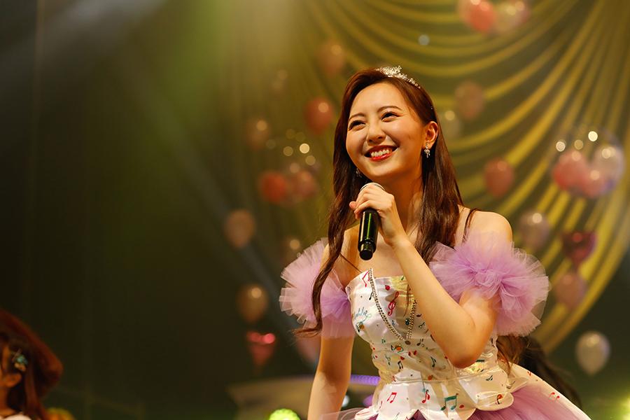 森保まどか、HKT48卒業公演で涙こらえる 「結婚は?」の直球質問に「なるはや。30歳」