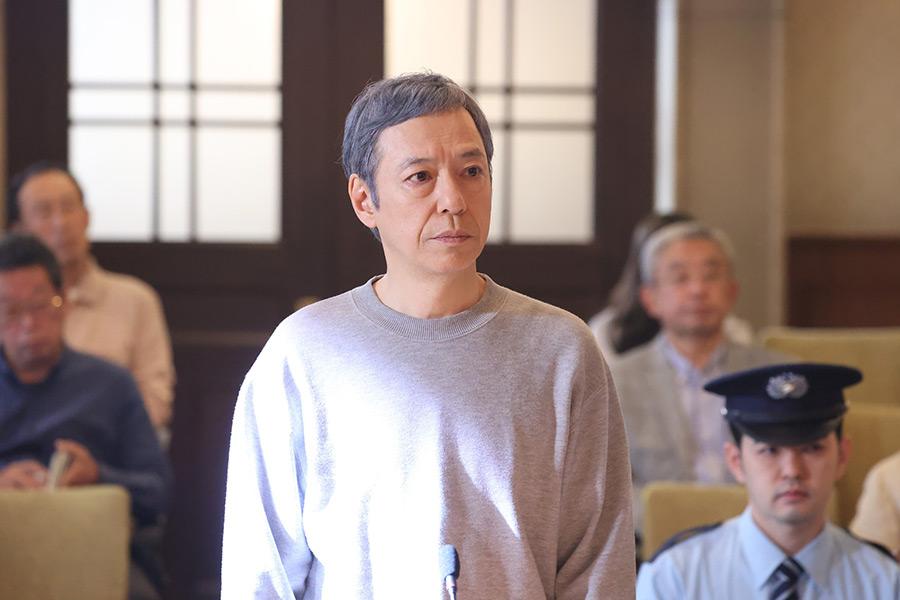 月9ドラマ「イチケイのカラス」に出演する板尾創路【写真:(C)フジテレビ】