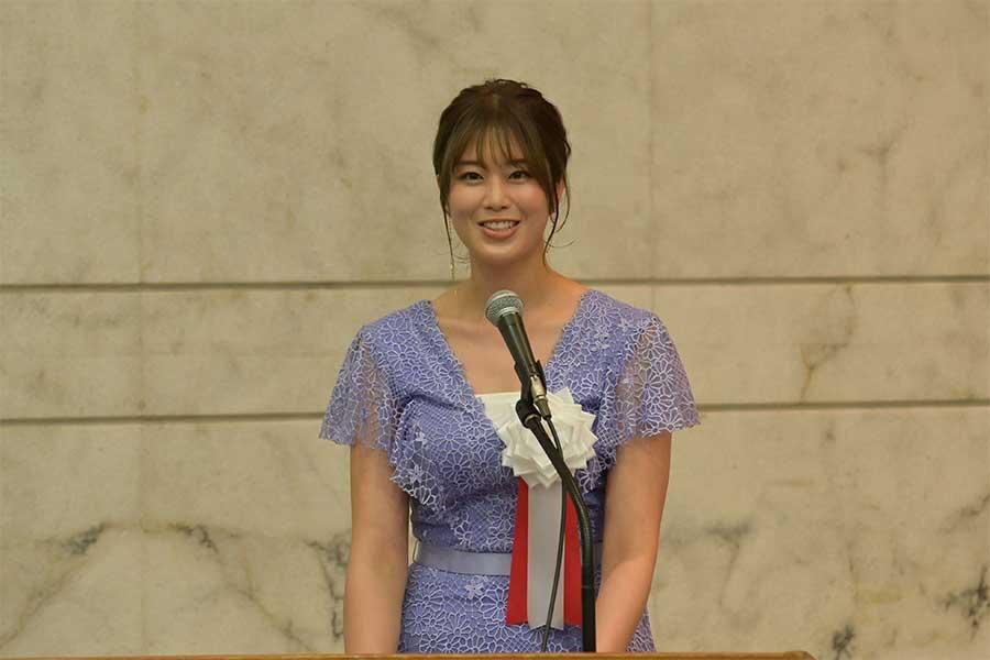 自転車活用推進イベントに出席した稲村亜美