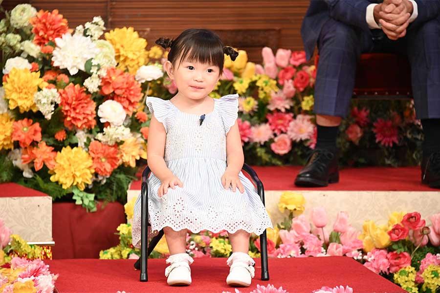 2歳の童謡歌手・村方乃々佳、あいみょん「裸の心」熱唱 「しゃべくり007」最年少ゲスト