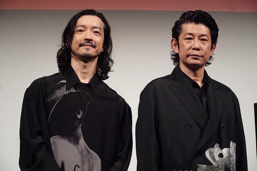 金子ノブアキ(左)と永瀬正敏【写真:ENCOUNT編集部】