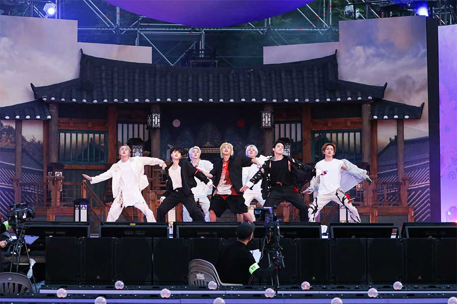 ファンミーティング「BTS 2021 MUSTER SOWOOZOO」が開催された【写真:(C)BIGHIT MUSIC】