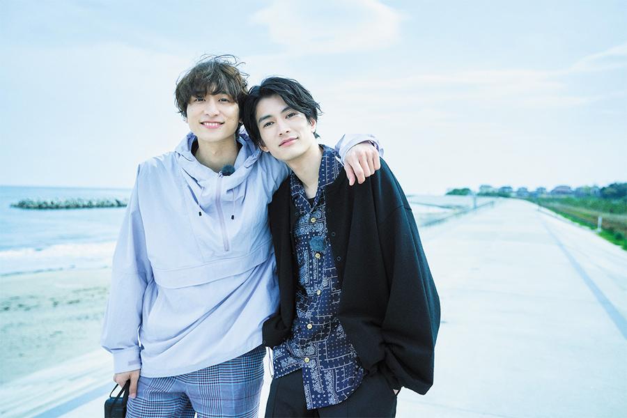 渡邊圭祐(右)と小関裕太
