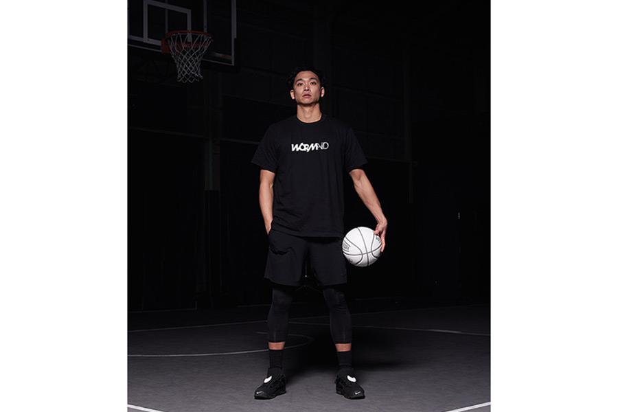 プロバスケットボールの落合知也選手