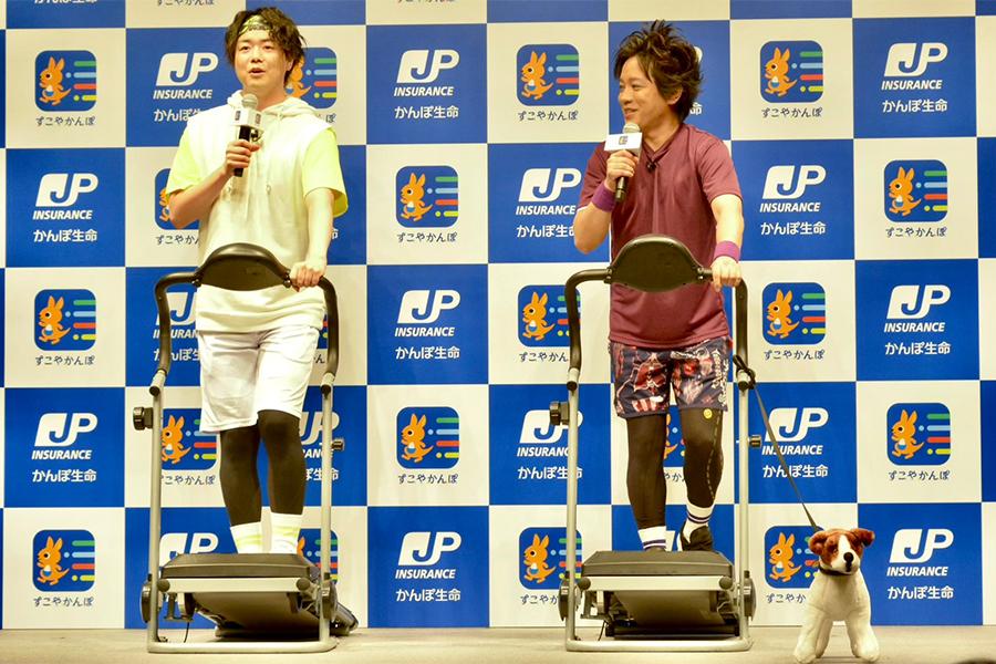 イベントに出席したお笑いコンビ「ぺこぱ」のシュウペイと松陰寺太勇【写真:ENCOUNT編集部】