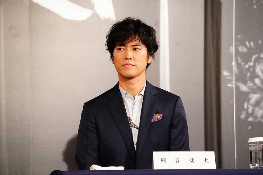 桐谷健太が主演舞台「醉いどれ天使」に自信「このメンバーとなら最高傑作になります」