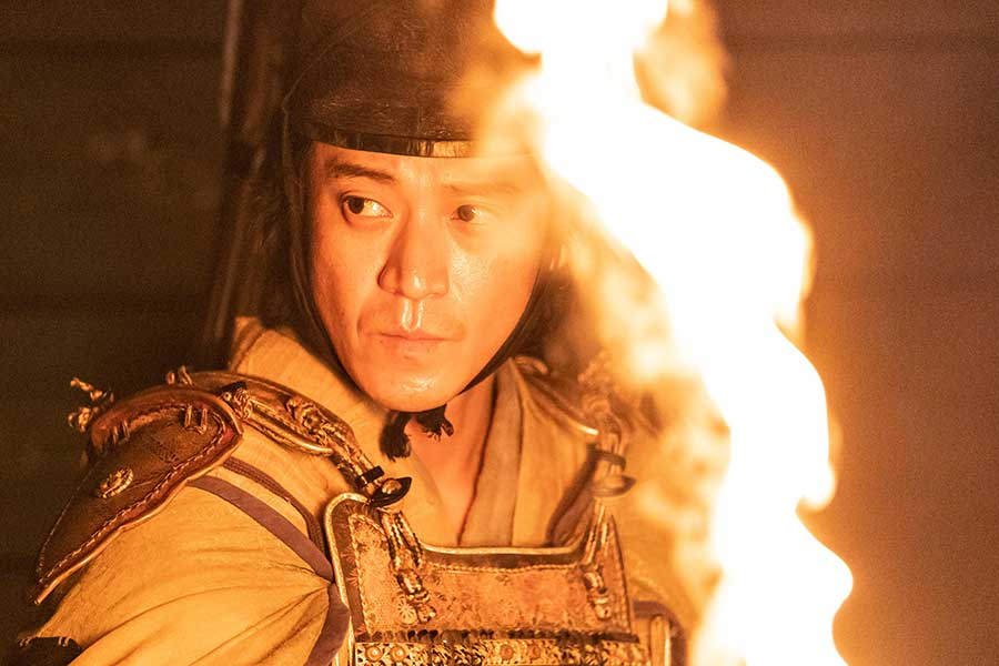 「鎌倉殿の13人」のロケを行った小栗旬【写真:(C)NHK】