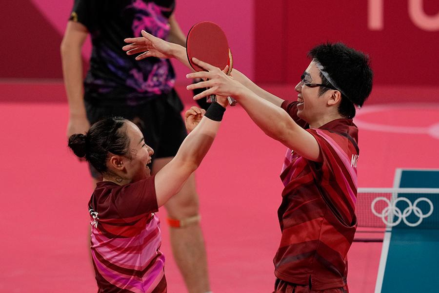 水谷隼&伊藤美誠ペア、金メダル獲得の瞬間最高視聴率40.5% 視聴者くぎ付けの激闘