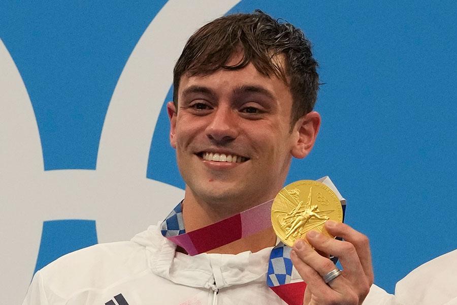 東京五輪・男子10メートル飛び込みで金メダルを獲得した英国代表トム・デイリー【写真:AP】