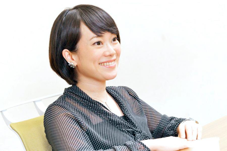 番組の魅力を語るプロデューサーの工藤里紗さん【写真:(C)テレビ東京】