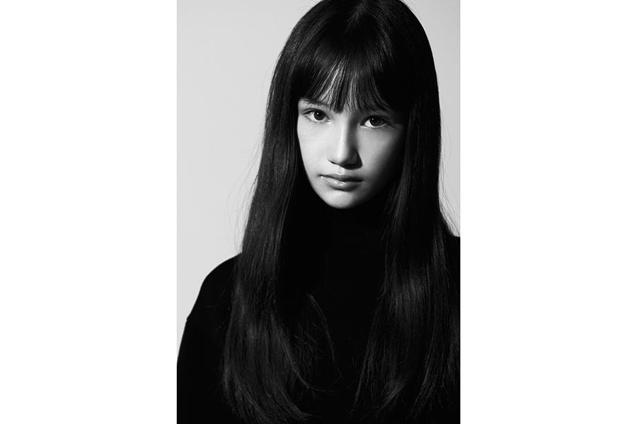 12歳のモデル・山口らいら、美しい人形「ライラ」に大変身 小学生離れした美に注目