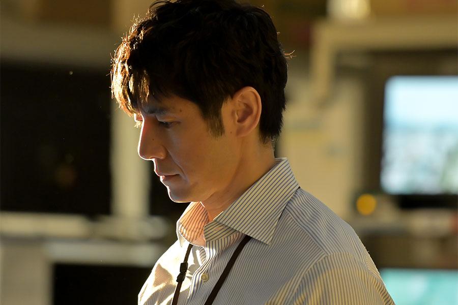 西島秀俊が演じる朝岡覚の悲しい過去が判明 襷をつなげなかった元大学駅伝ランナー