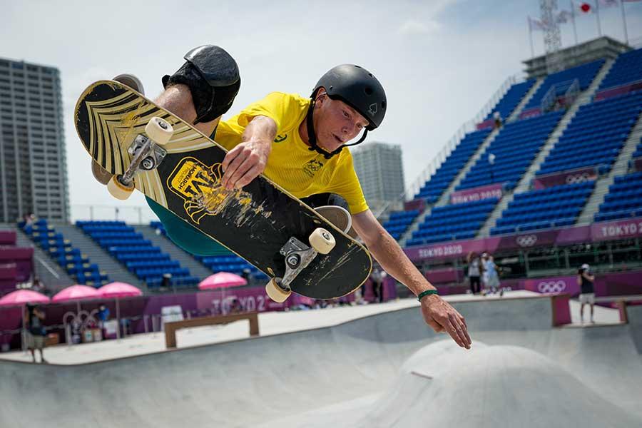 東京五輪・スケートボードのパーク予選に出場したオーストラリア代表キーラン・ウリー【写真:AP】