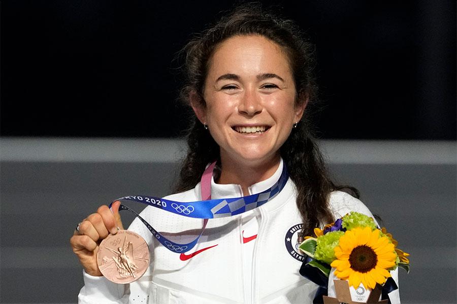 女子マラソンで銅メダルに輝いた米国のモリー・セイデル【写真:AP】