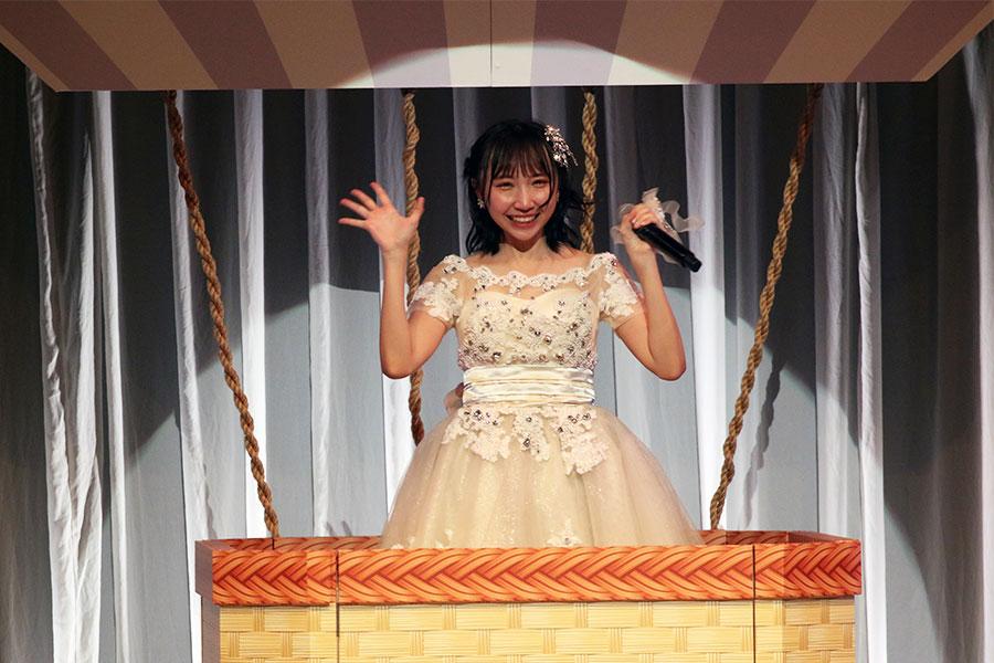 「STU48」の薮下楓は最後の瞬間までアイドルらしさを貫いた【写真:小田智史】