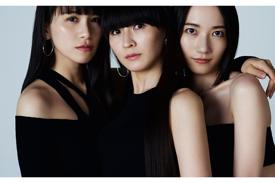 Perfumeがライブ直後の会場から出演【写真:(C)NHK】