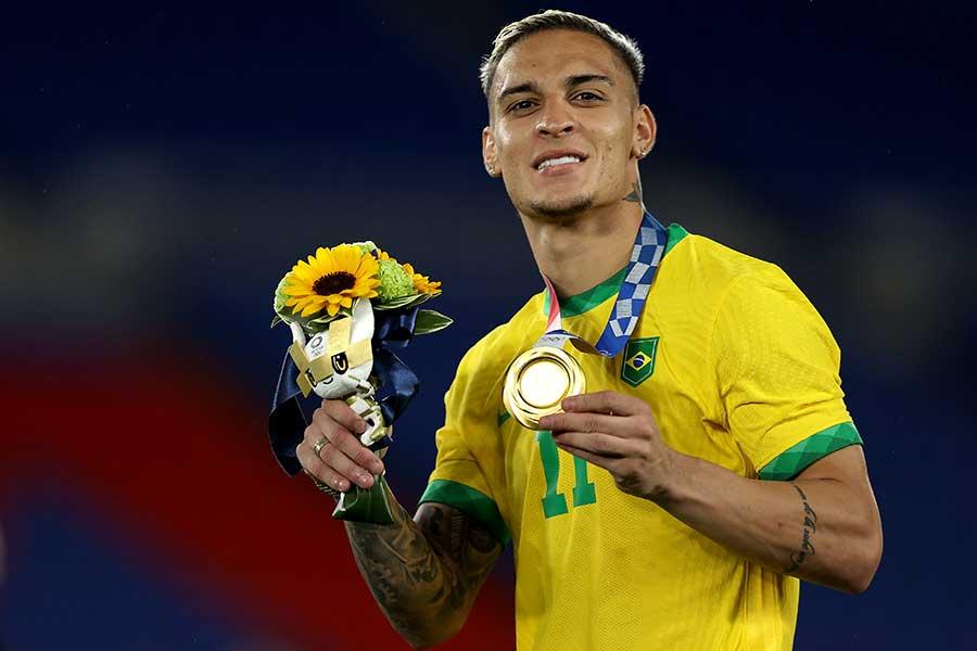 東京五輪・サッカー男子で金メダルを獲得したアントニ【写真:Getty Images】