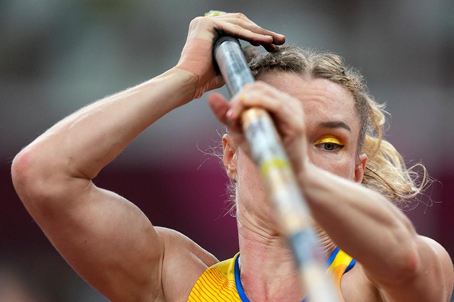東京五輪・陸上女子棒高跳びのウクライナ代表ヤナ・フラディチュク【写真:AP】