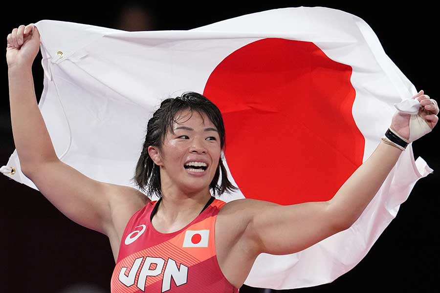 東京五輪・レスリング女子57キロ級で金メダルを獲得した川井梨紗子【写真:Getty Images】