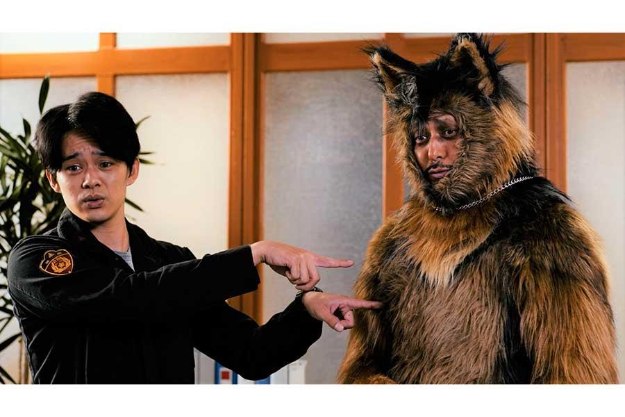 NHK「オリバーな犬、(Gosh!!)このヤロウ」に出演する池松壮亮(左)とオダギリジョー【写真:(C)NHK】