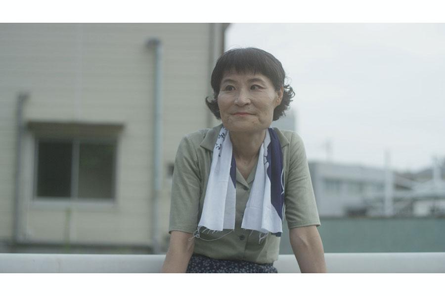 「東京放置食堂」で連続ドラマ初主演を務める片桐はいり【写真:(C)「東京放置食堂」製作委員会】