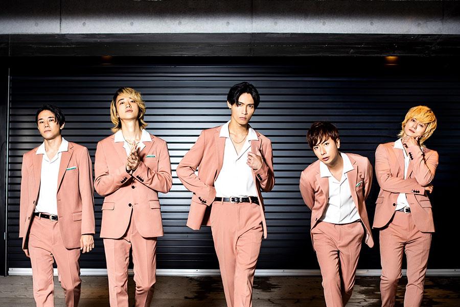 ドラマ「凛子さんはシてみたい」のオープニング主題歌を担当する「A.B.C-Z」【写真:(C)「凛子さんはシてみたい」製作委員会・MBS】