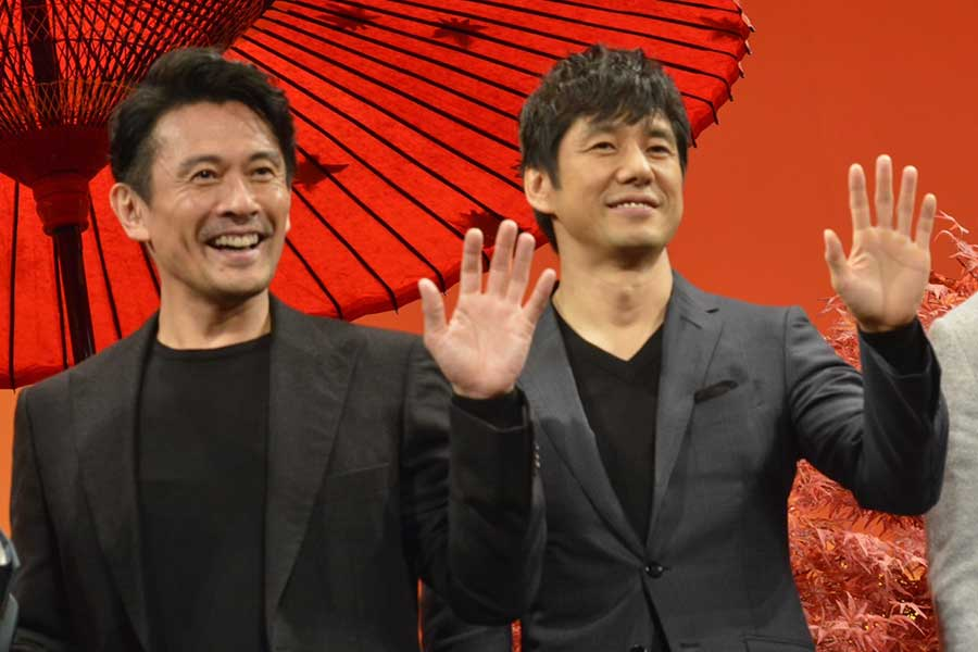 劇場版「きのう何食べた?」でダブル主演を務める内野聖陽(左)と西島秀俊【写真:ENCOUNT編集部】